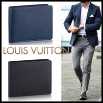 Louis Vuitton TAIGA Street Style Plain Leather Folding Wallets