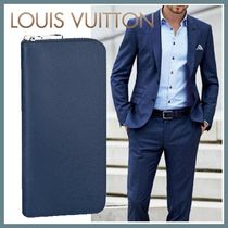Louis Vuitton TAIGA Street Style Plain Leather Long Wallets