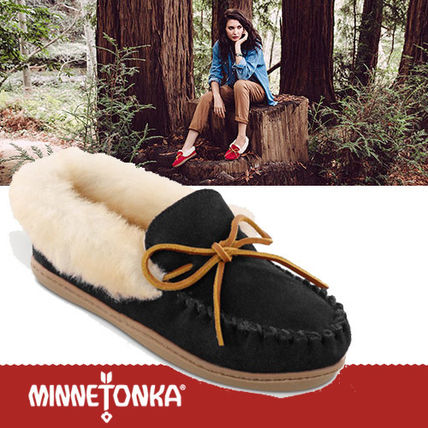 Moccasin Round Toe Rubber Sole Casual Style Sheepskin