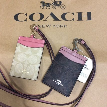 ... Coach Card Holders Flower Patterns Blended Fabrics PVC Clothing Card  Holders ... 4fdf0c767cb