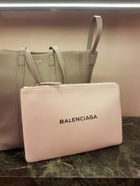 BALENCIAGA White Calfskin Everyday Clip M Pouch With Logo