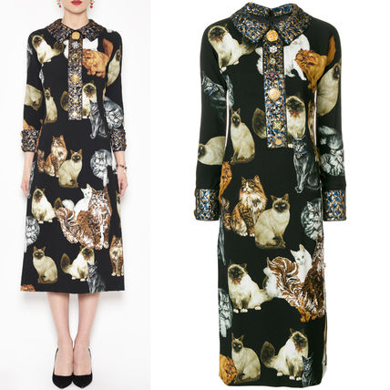 Dolce & Gabbana 17-18 AW DG 1344 CATS PRINTED CADY DRESS WITH JEWELRY BUTTON