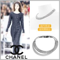 CHANEL 17/18 AW diamond metallic thick silver choker necklace
