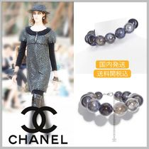 CHANEL 17/18 AW large dark blue faux pearl necklace