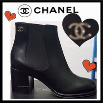 CHANEL ICON Plain Leather Block Heels Chelsea Boots Elegant Style