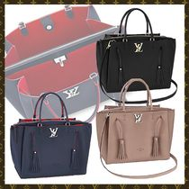 Louis Vuitton Tassel A4 3WAY Bi-color Plain Leather Elegant Style Totes