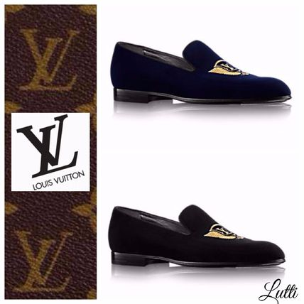 bce25c4c8a52 Louis Vuitton Plain Toe Moccasin Velvet Loafers   Slip-ons by Lutti - BUYMA
