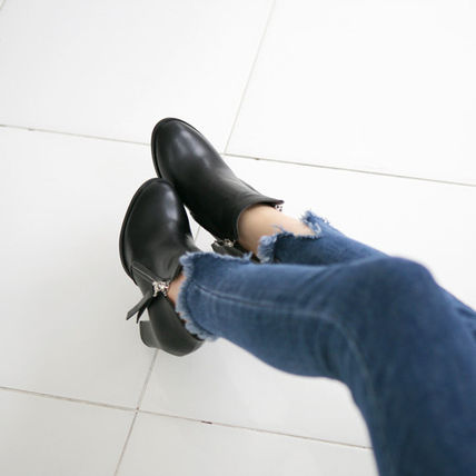 Ankle & Booties Round Toe Faux Fur Street Style Plain Block Heels 6