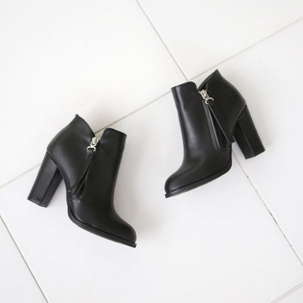 Ankle & Booties Round Toe Faux Fur Street Style Plain Block Heels 13