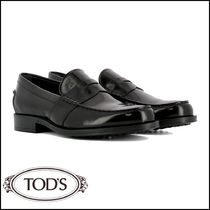 TOD'S Plain Toe Loafers Plain Leather Loafers & Slip-ons