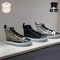 CHANEL Low-Top Sneakers