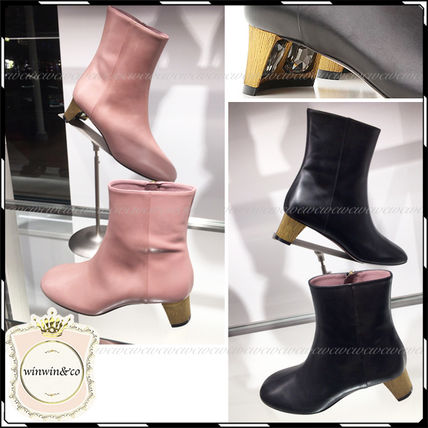 GUCCI Plain Toe Leather Wedge Boots