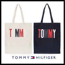 Tommy Hilfiger Casual Style Cambus Street Style Shoppers