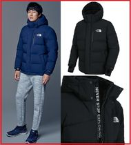THE NORTH FACE Short Plain Down Jackets