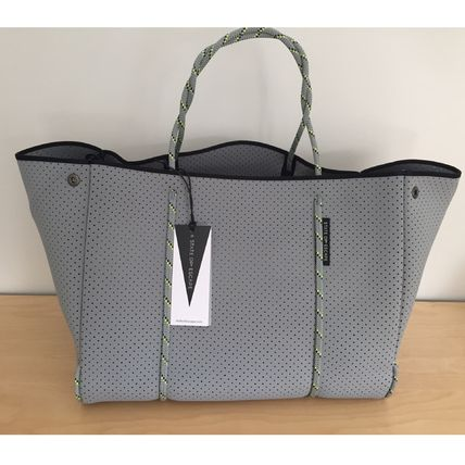 State of Escape Totes A4 2WAY Plain Totes 2