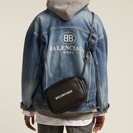 BALENCIAGA Messenger & Shoulder Bags Unisex Calfskin Plain Messenger & Shoulder Bags 7