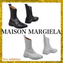 Maison Martin Margiela Round Toe Rubber Sole Plain Leather Flat Boots