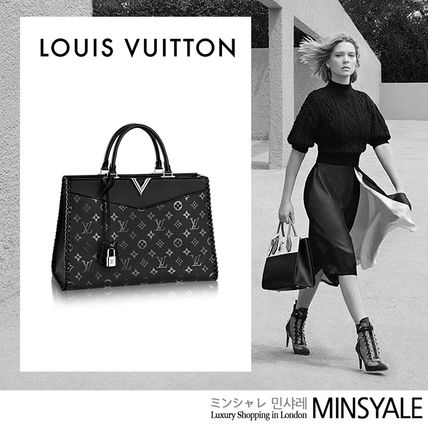 35d7280b8116 ... Louis Vuitton Totes VERY ZIPPED TOTE  London department store new item   ...