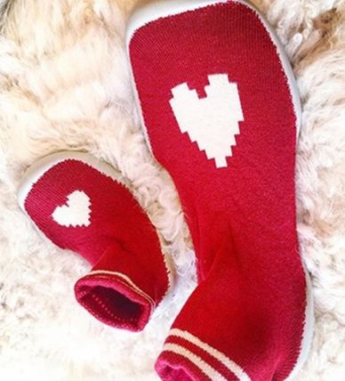 Heart Round Toe Slippers Flats