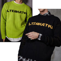 SHETHISCOMMA Pullovers Studded U-Neck Long Sleeves Knits & Sweaters