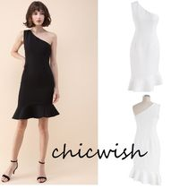 Chicwish Short Tight Sleeveless Plain Party Style Dresses