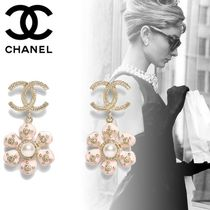 CHANEL Costume Jewelry Party Style Home Party Ideas