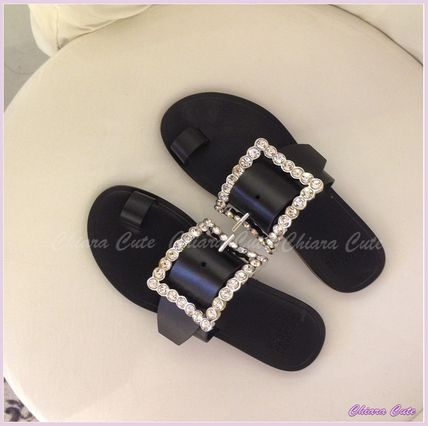 Casual Style With Jewels Sandals
