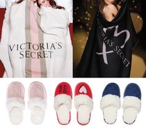 Victoria's secret Throws