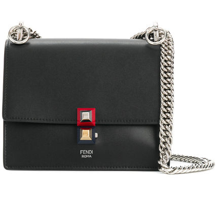 Kan I Chain Shoulder Bag / Black