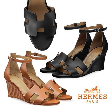 d7450cf2c131 ... Sandals 9 HERMES Platform   Wedge Leather Elegant Style Platform   Wedge  ...