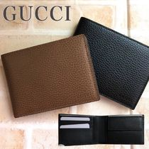GUCCI Plain Leather Folding Wallet Logo Folding Wallets