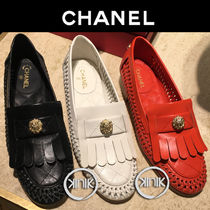 CHANEL Plain Leather Elegant Style Loafer Pumps & Mules