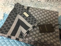 GUCCI Unisex Logo Knit & Fur Scarves