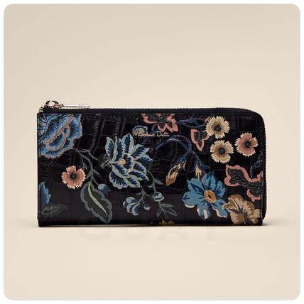 Flower Patterns Leather Long Wallets