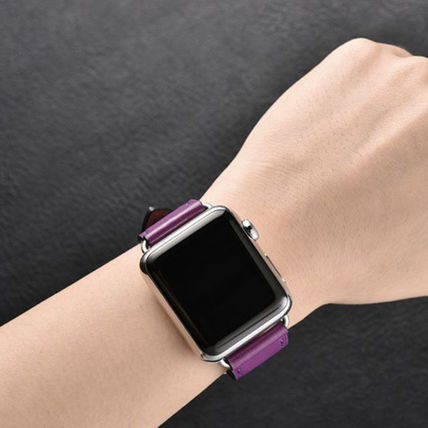 More Watches Unisex Leather Apple Watch Belt Watches 9