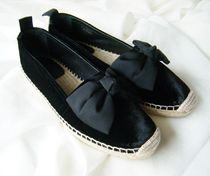 Saint Laurent Velvet Plain Flats
