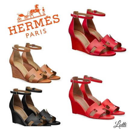63737578aed3 HERMES Platform   Wedge Open Toe Platform Plain Leather Elegant Style ...