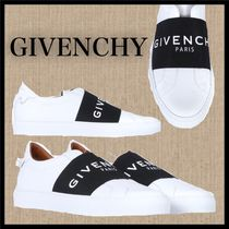 GIVENCHY Plain Sneakers
