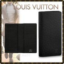 Louis Vuitton TAIGA Blended Fabrics Plain Leather Long Wallets