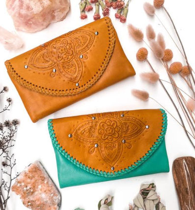 Flower Patterns Studded Leather Handmade Long Wallets