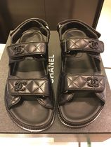 CHANEL MATELASSE Platform Casual Style Leather Footbed Sandals Flat Sandals