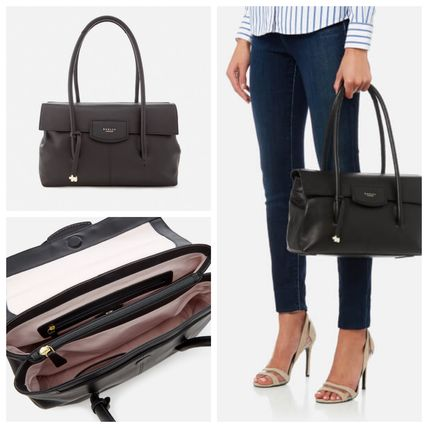 A4 Leather Office Style Shoulder Bags