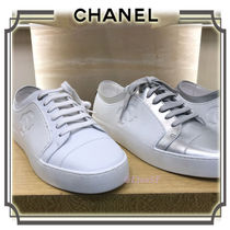 CHANEL Round Toe Casual Style Unisex Plain Low-Top Sneakers