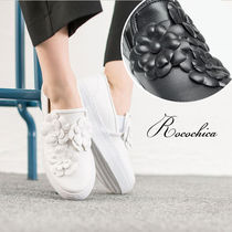 Flower Patterns Casual Style Slip-On Shoes