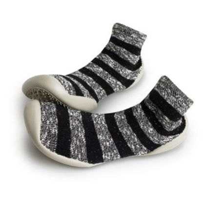 Stripes Round Toe Rubber Sole Slippers Flats
