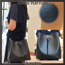 Louis Vuitton NOE Calfskin Tassel Plain Purses Elegant Style Shoulder Bags