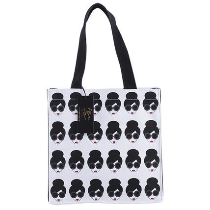 Collaboration Totes
