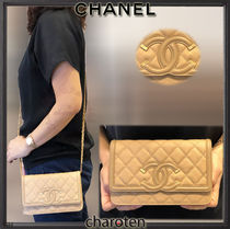 CHANEL CHAIN WALLET Beige/GHW Caviar Skin Filigree Wallet On Chain