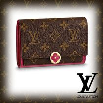 Louis Vuitton MONOGRAM Flower Patterns Monogram Studded PVC Clothing Coin Purses