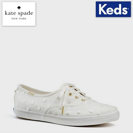 Round Toe Casual Style Collaboration Low-Top Sneakers